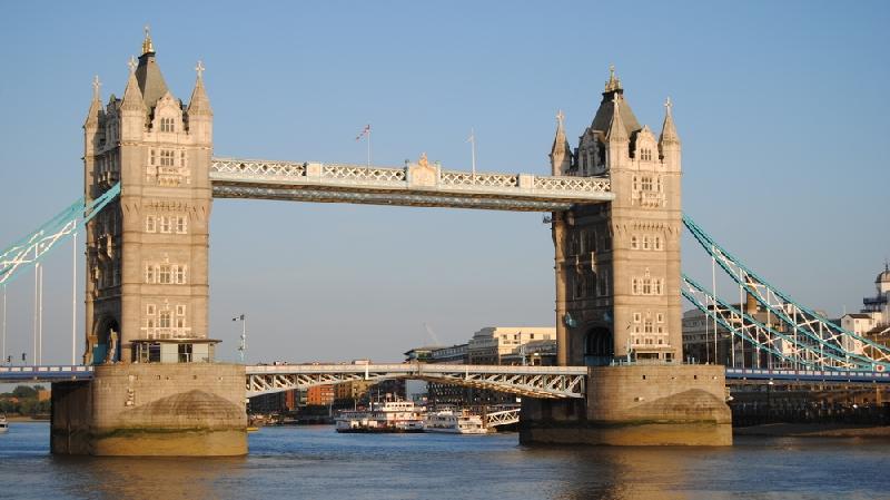 Private Chauffeur-Driven Tour of London 2