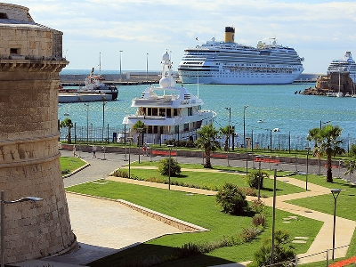 One-way Private Transfer from Rome to Civitavecchia Port or reverse