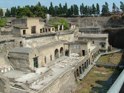 Shared Tour to Pompeii and Mt Vesuvius with Winery Visit