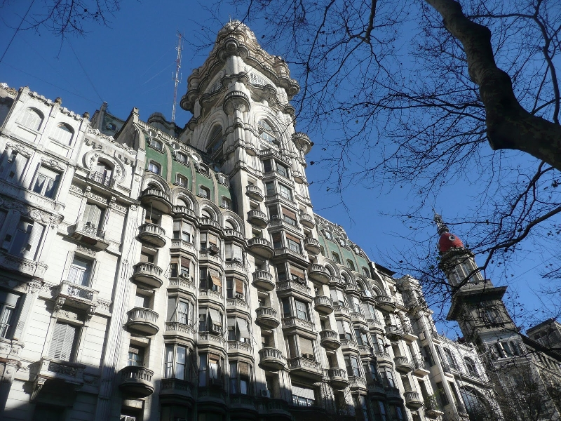3-hour Private Tour Architecture and Palaces Tour of Buenos Aires