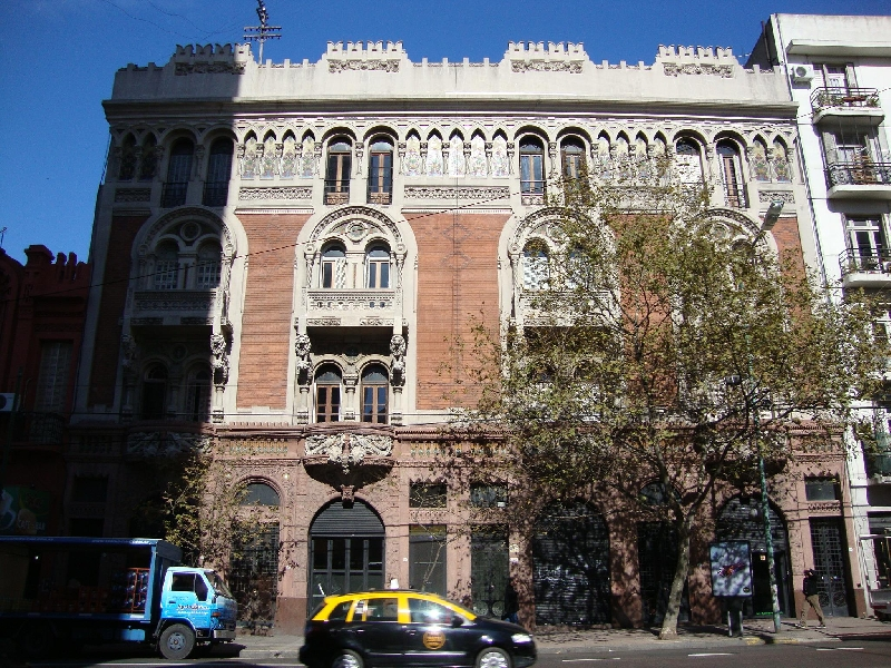 3-hour Private Tour Architecture and Palaces Tour of Buenos Aires 4