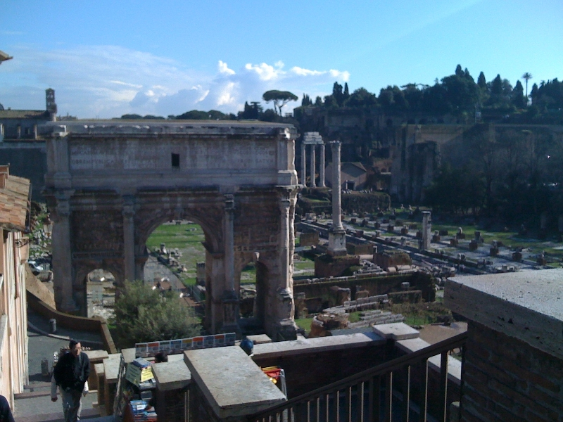 Rome in a glance. Best Private Half Day Walking Tour Discovering Imperial Remainings, Baroque Churches, Squares and Fountains.  3