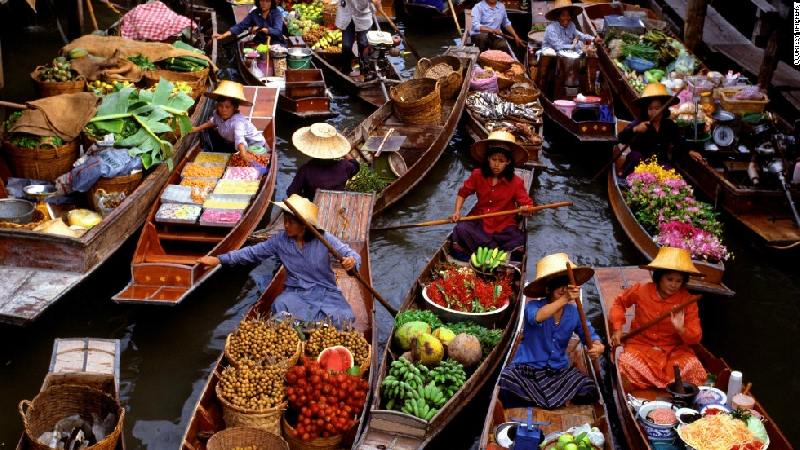 Private day tour by car from Bangkok to Damnoen Saduak Floating Market 1