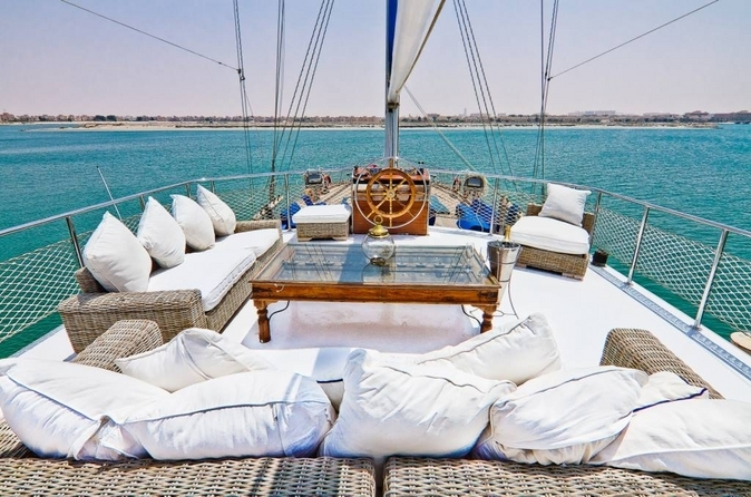 Shared Cruise by Luxury Yacht 1